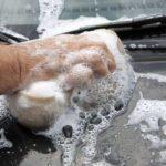 Le nettoyage des vitres de votre voiture