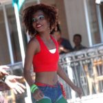 Carnaval d'Analakely : l'avenue de l'Indépendance en fête