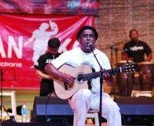 Erick Manana fête ses 40 ans de scène au Palais des Sports