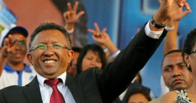 Les promesses du candidat Hery Rajaonarimampianina en 2013 - 1ere partie