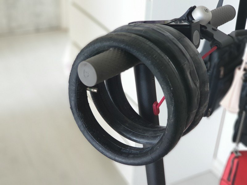 xiaomi m365 comment changer un pneu actutana. Black Bedroom Furniture Sets. Home Design Ideas