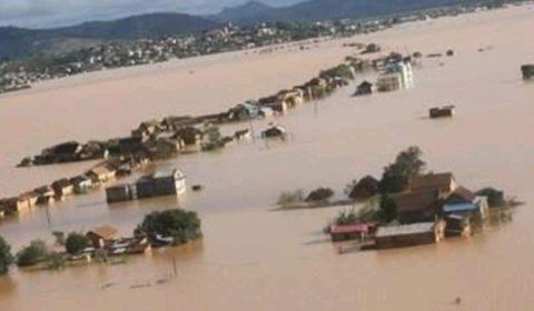 Madagascar, le pays qui va à vau-l'eau