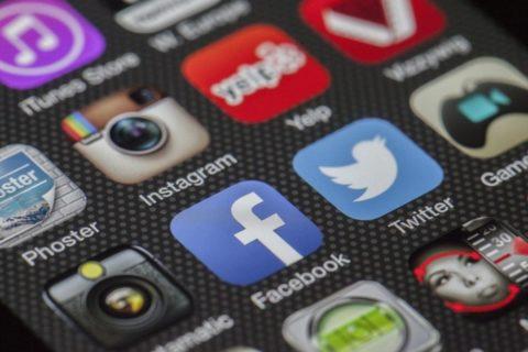 Vos réseaux sociaux là …